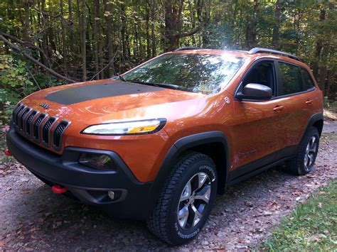 chrysler jeep 2016 kayla s pick of the week 2016 jeep cherokee trailhawk