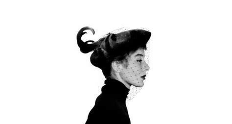della moda francese bettina la musa ispiratrice della moda francese libreriamo