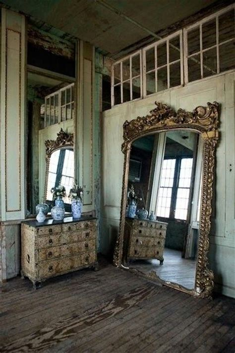 vintage rustic home decor old gold c est une belle vie pinterest