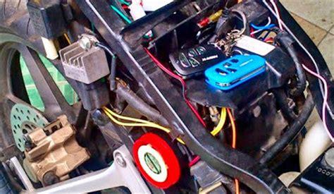 Alarm Pengaman Mobil memasang alarm pengaman anti maling pada sepeda motor