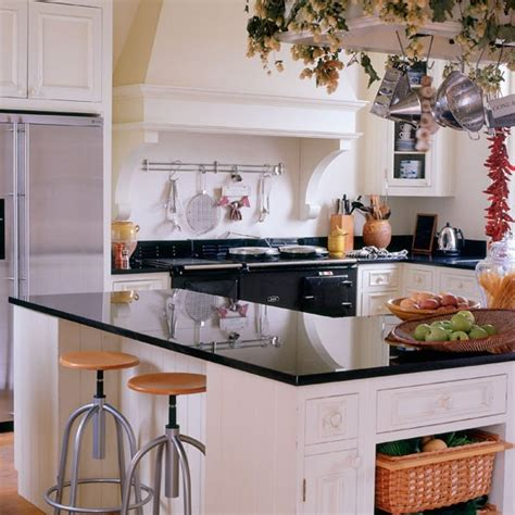Kitchen Decorating Ideas Uk Refitting Granite Kitchen Worktops Celia Rufey S Kitchen Design Ideas And Advice Housetohome
