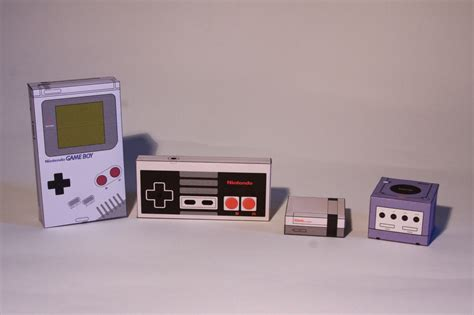Nintendo Papercraft Templates - gameboy nes controller and gamecube cubeecrafts