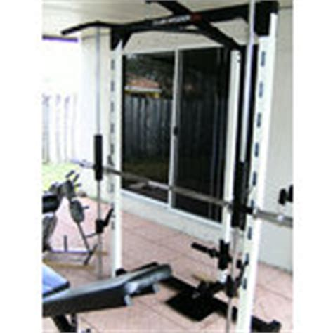 club weider 550 smith machine with bench and weights