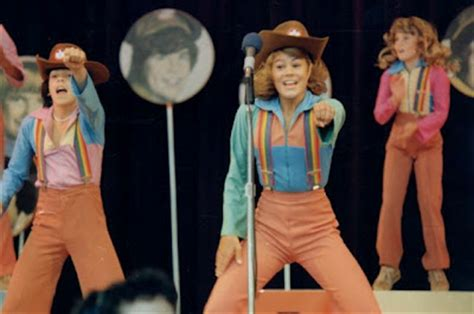 interview with former 70s mouseketeer lisa whelchel who