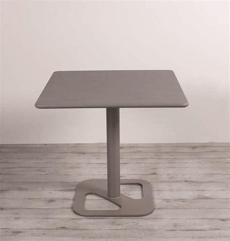 tavolo regolabile tavolo regolabile in altezza con piano in vetro idfdesign