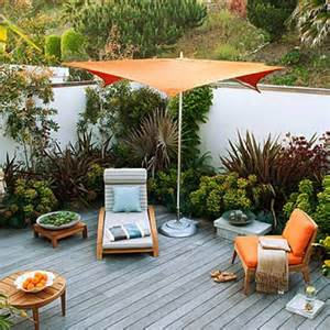 Small Space Backyard Landscaping Ideas 15 Small Backyard Designs Efficiently Using Small Spaces