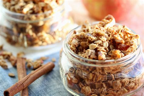 Granolab Muesli Chocolate Besar jars of home made crunchy muesli for your gifts lifegate