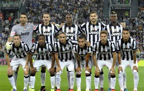 Name Set Juventus Home 2015 17 Original Marchisio 8 plejers mg筵ajta g筵al juventus juventus club vero malta 1975
