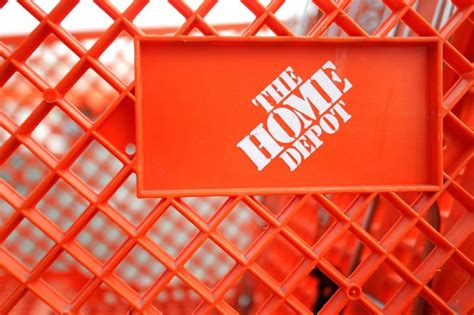 home depot to dismiss data breach class