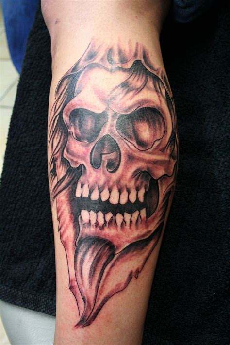 tattoos of skulls skull skull by 2face on deviantart