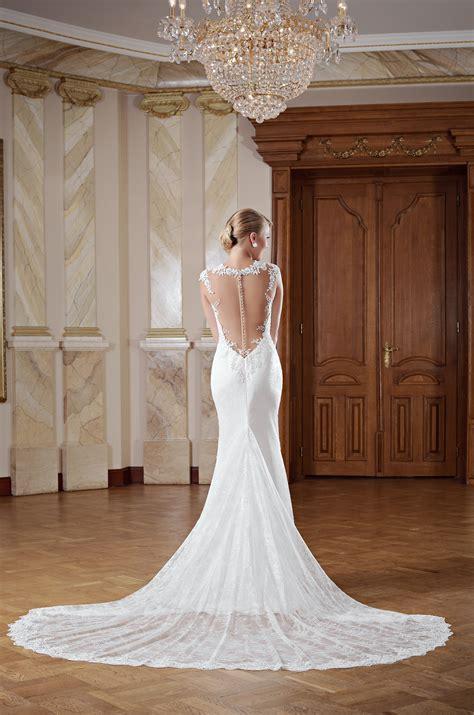 hochzeitskleid lang hochzeitskleid r 252 ckenfrei mit langer schleppe kleiderfreuden