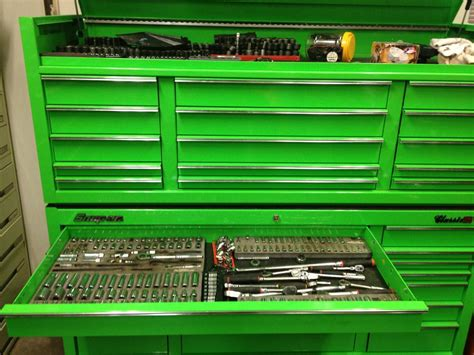 snap on tool boxes price list huge snap on tool box classic 96 price reduced