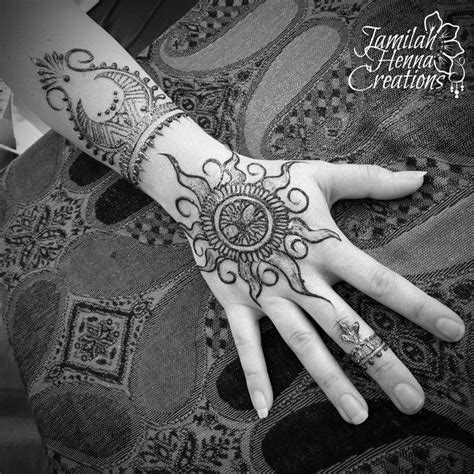 henna tattoo vermont best 25 henna sun ideas on sun henna