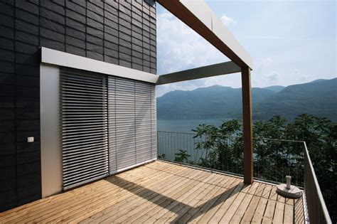 terrassenwand verkleiden fassadenverkleidungen aus putz faserzement schiefer