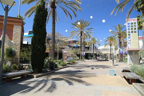 best outlet in los angeles best indoor shopping malls in los angeles and orange