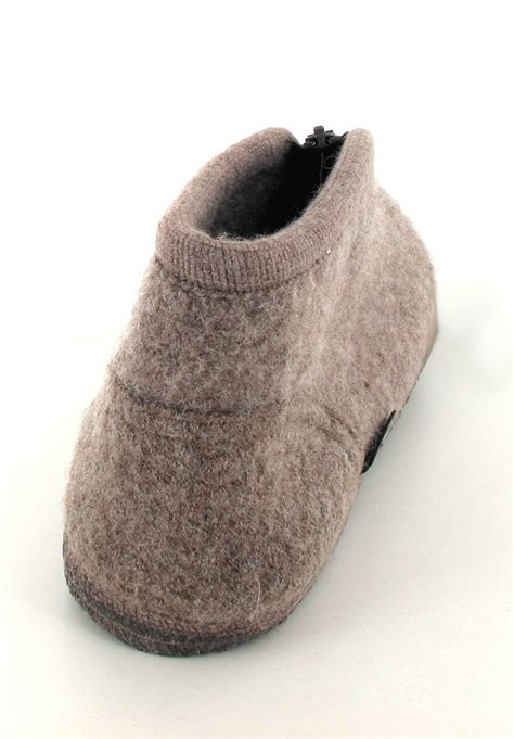 wool slipper haflinger 174 boiled wool slipper zipper in beige