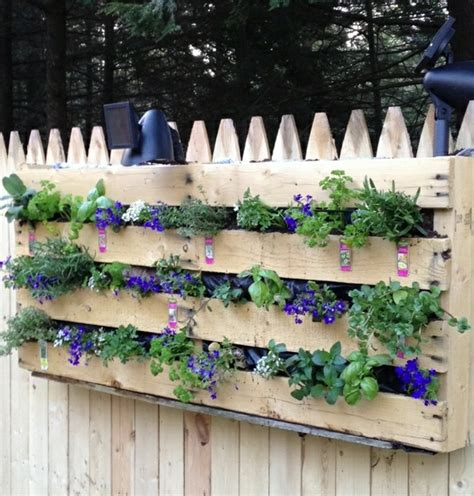 Do It Yourself Planters by Wooden Pallets Furniture For Garden And Balcony Diy Ideas