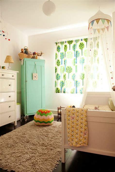 gardinen braun grün schlafzimmereinrichtung braun