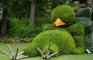 claude ponti s sleepy topiary is possibly the cutest