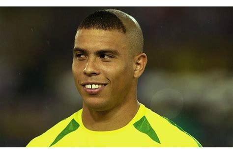 namar soccer player haircuts the craziest soccer hairstyles of all time the18