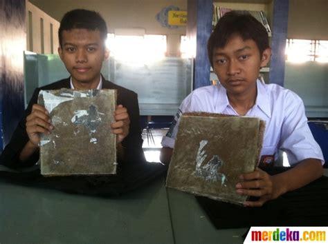 Jual Sabut Kelapa Bandung foto ini rompi anti peluru dari sabut kelapa buatan