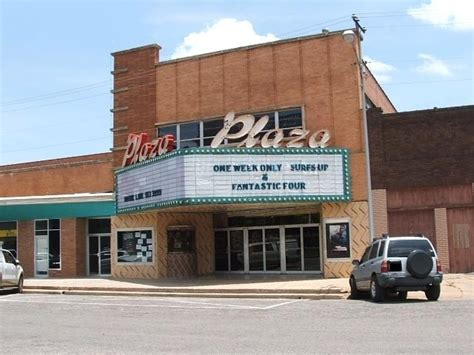 cineplex vernon vernon plaza theatre cinema treasures