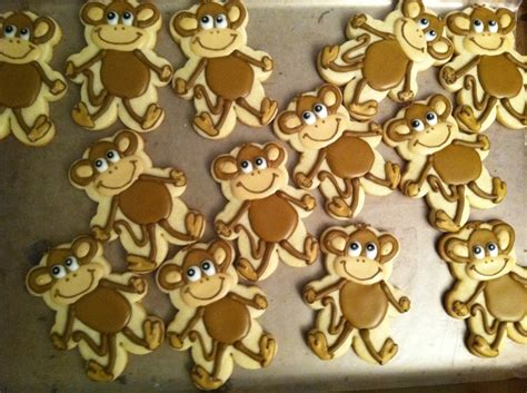 Monkey Cookie Cutter Baby Shower by Baby Shower Monkey Cookies Using A Teddy Cookie