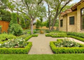 Backyard Hedge Ideas How To Use Hedges In Contemporary Exteriors