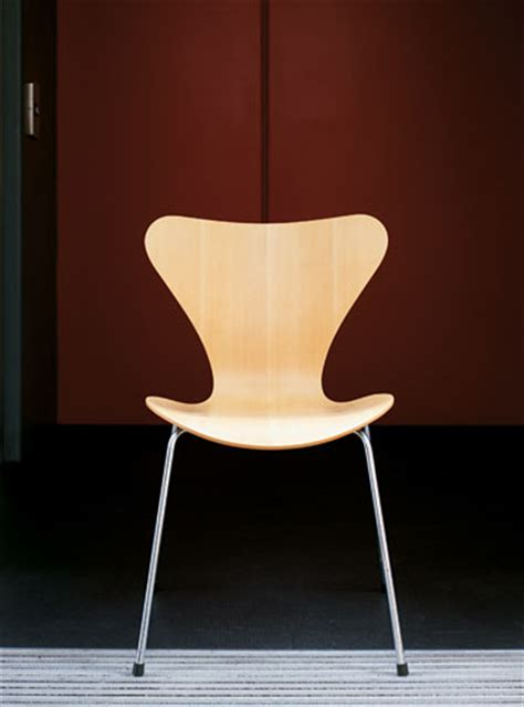 iconic chairs top 10 iconic chairs life and style the guardian