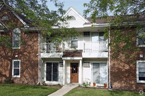 Chesterfield Of Maumee Rentals Maumee Oh Apartments Com | chesterfield of maumee rentals maumee oh apartments com