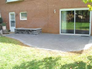 simple patio with planter patio ideas flagstone