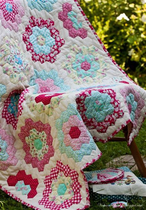 flower garden quilts grandmothers flower garden quilt hexs crochet knit and