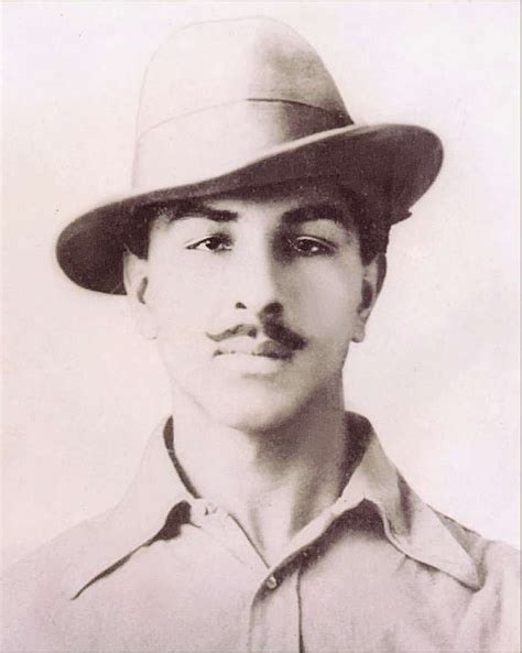biography in hindi of bhagat singh shaheed bhagat singh biography facts childhood