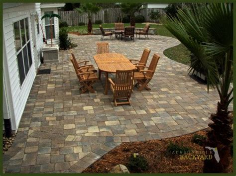 backyard paver patio ideas best 20 paver patio designs ideas on pinterest