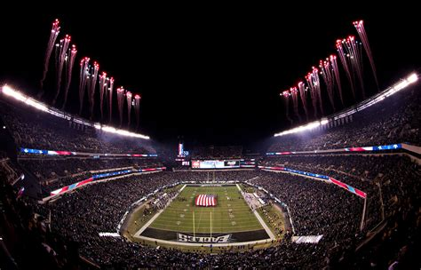 lincoln financial field bowl mnf pageantry photos giants vs eagles espn