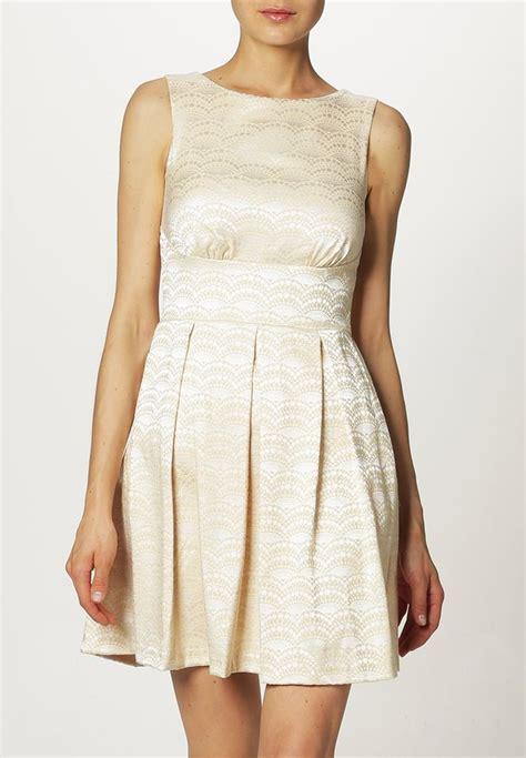 Refaire Sa Garde Robe Femme robe de mode femme femmes mario beige tenue