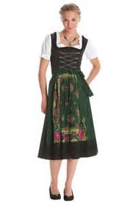 dirndl dress dressed up