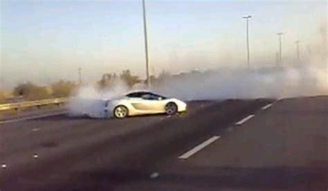 Lamborghini Burnout Lamborghini Gallardo Burnout And Donuts In Kuwait