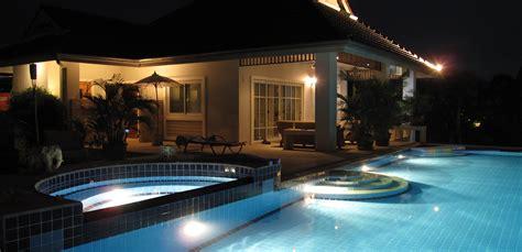 Schwarze Villa by Villa Lotus Hua Hin Thailand