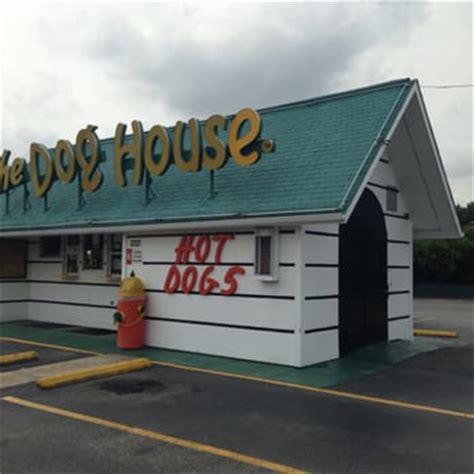 dog house durham nc the dog house 19 photos hot dogs 3521 hillsborough rd durham nc restaurant