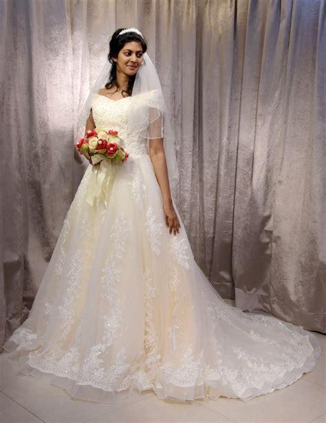 Christian Bridal Dresses   Christian Bridal Dresses In