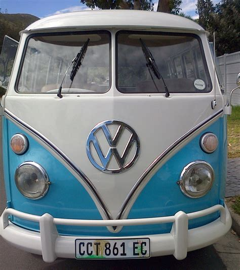 volkswagen van front view splitty rentals best days