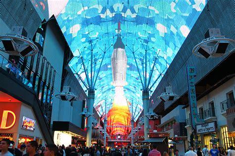 fremont street light show schedule viva vision fremont street experience