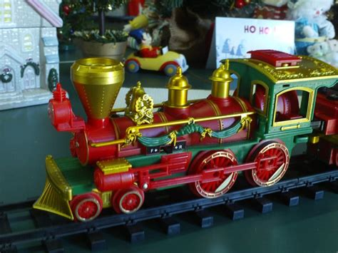 what are the best christmas trains 17 best images about model railroad on the tank models and usa rail