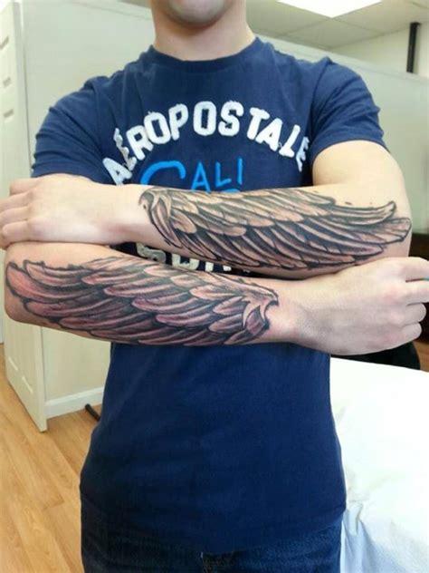 tattoo arm vleugel 1000 ideas about wing tattoo men on pinterest tattoo