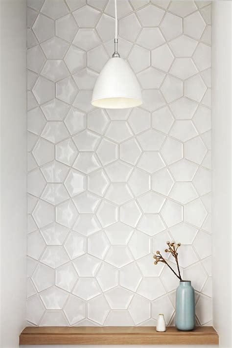 kitchen wall tile patterns 25 best ideas about white tiles on pinterest geometric