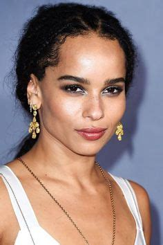 10 Hip And Zoe Kravitz Looks by From To Kristen 5 Killer Looks