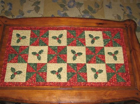 table runner qcp 302 by quilt cabana craftsy