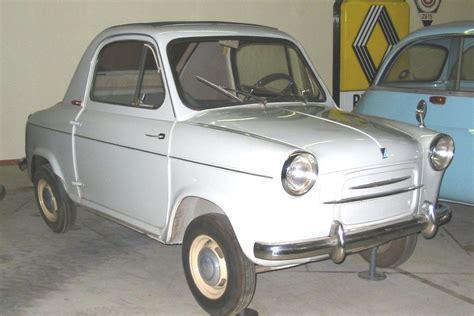 Vespa Auto by Vespa 400