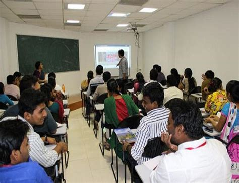 Srm Distance Education Mba by Srm Vadapalani Cus Chennai Images Photos